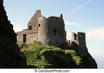 Dunluce Castle Warm