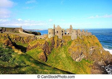 dunluce kasteel, noord-ierland