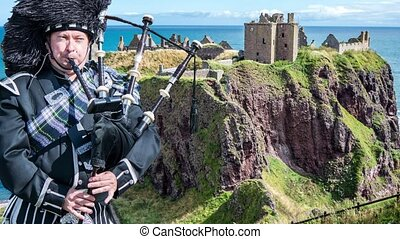 Dunnottar castle ruins - Stonehaven - Scotland - Parallax...