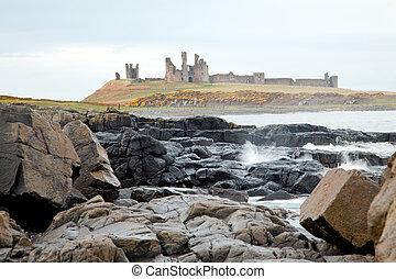 Dunstanburgh castle England - Dunstanburgh castle on the...