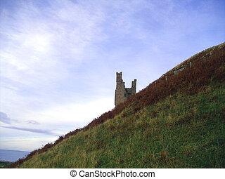 Dunstanburgh Castle, Northumberland - Dunstanburgh Castle...