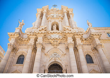 Duomo di Siracusa (Syracuse Cathedral) - Detail of the...