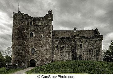 Duone castle, Scotland