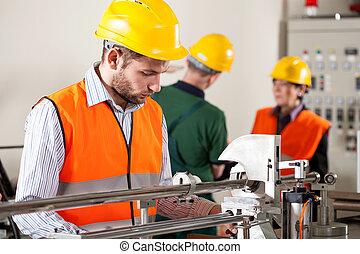 durante, lavoro, lavoratore, fabbrica