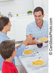 durante, marido, jantar, mulher, servindo