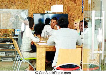durante, riunione, multi-etnico, squadra