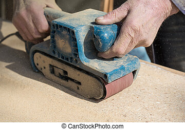 Dusty sanding with belt sanders