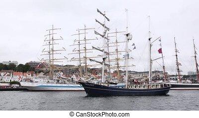Dutch sailing vessel Thalassa comes into port of Stavanger -...