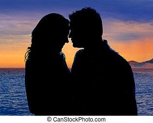 dvojice, od vidět velmi rád, obejmout, do, suset, dále, moře