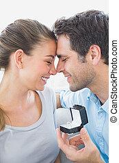 dvojice, prospěch, pohovka, zasnouben, šťastný
