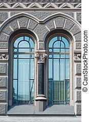 dwa, piękny, rocznik wina, okno, w, historyczna budowa