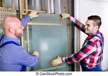 dwa, pracownicy, pracujący, z, szkło