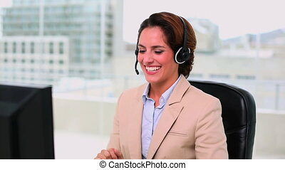 Dynamic attractive operator making a phone call at office