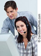 dyrektor, młody, employee's, jego, kontrola, praca