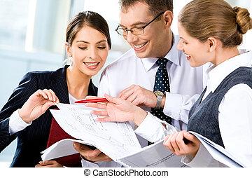dyskutując, plan, handlowy