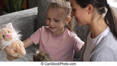 dziecko, ładny, mamusia, dziewczyna, nosić, korona, ...
