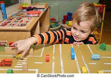 dziecko, gra, w, przedszkole