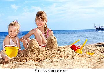dziecko grające, na, plaża.