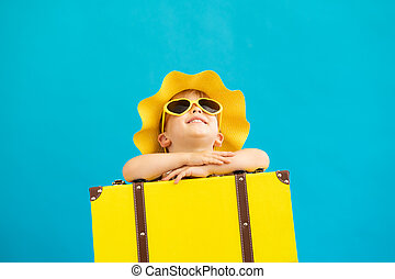 dziecko, lato, portret, żółty, pojęcie, szczęśliwy, suitcase., urlop