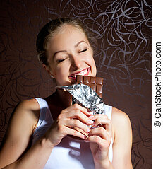 dziewczyna, jedzenie, młody, ładny, czekolada