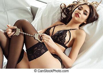 dziewczyna, kajdany, bielizna, sexy