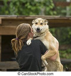 dziewczyna, młody, tulenie, pies