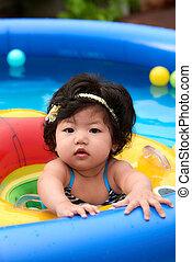 dziewczyna niemowlęcia, pływacki
