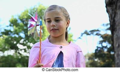 dziewczyna, przeglądnięcie, niejaki, pinwheel