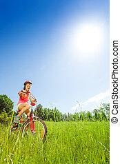 dziewczyna, rower, ładny, młody, posiedzenie