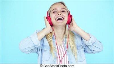 dziewczyna, słucha, muzyka, earphones, taniec