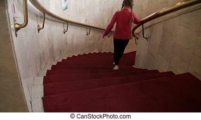 dziewczyna, schody, idzie