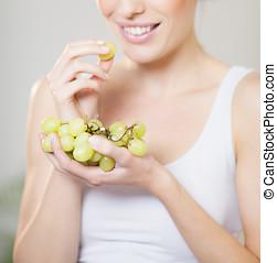 dziewczyna, winogrona