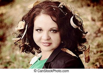 dziewczyna, z, liście, w, włosy