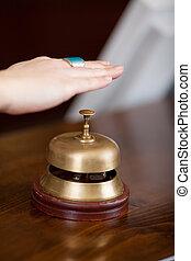 dzwon, na, hotel, ręka, client's, przyjęcie