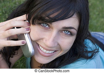 dzwonić kobiecie