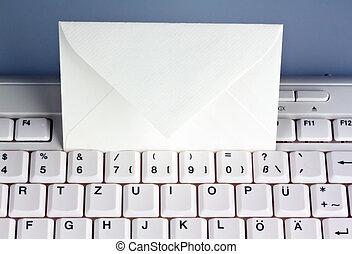 e-mail., envelope., ordenador teclado
