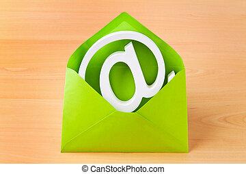 e-mail, enveloppe, caractères