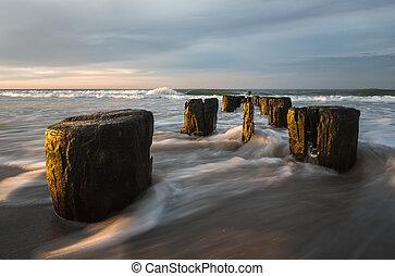 Atlantic Ocean coastline - Early morning on the oceanfront. ...