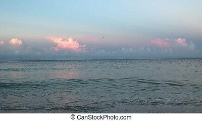 Early Morning Sea Waves - Early Morning on bonita Beach...