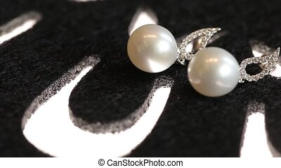 Earrings from pearls wedding day - Earrings from pearls ...
