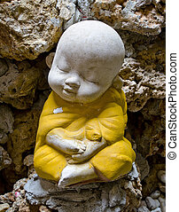 Earthenware of child monk