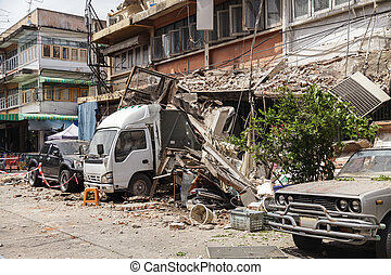 Earthquake - The rubble after the devastation of an ...