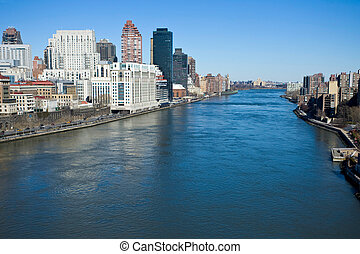 East river in New-York