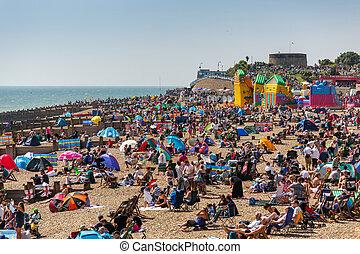 eastbourne, exposition, plage, airbourne, bondé