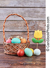 Easter basket and flower cookie.