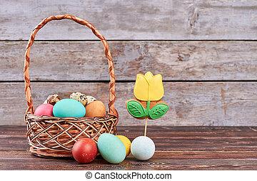 Easter basket, flower shaped cookie.