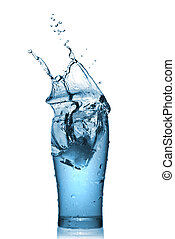 eau, éclaboussure, dans, verre, isolé, blanc