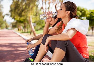 eau, boire, délassant
