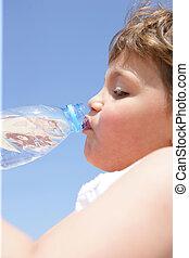 eau, buvant bouteille, enfant