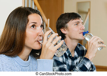 eau, couple, boire, salle